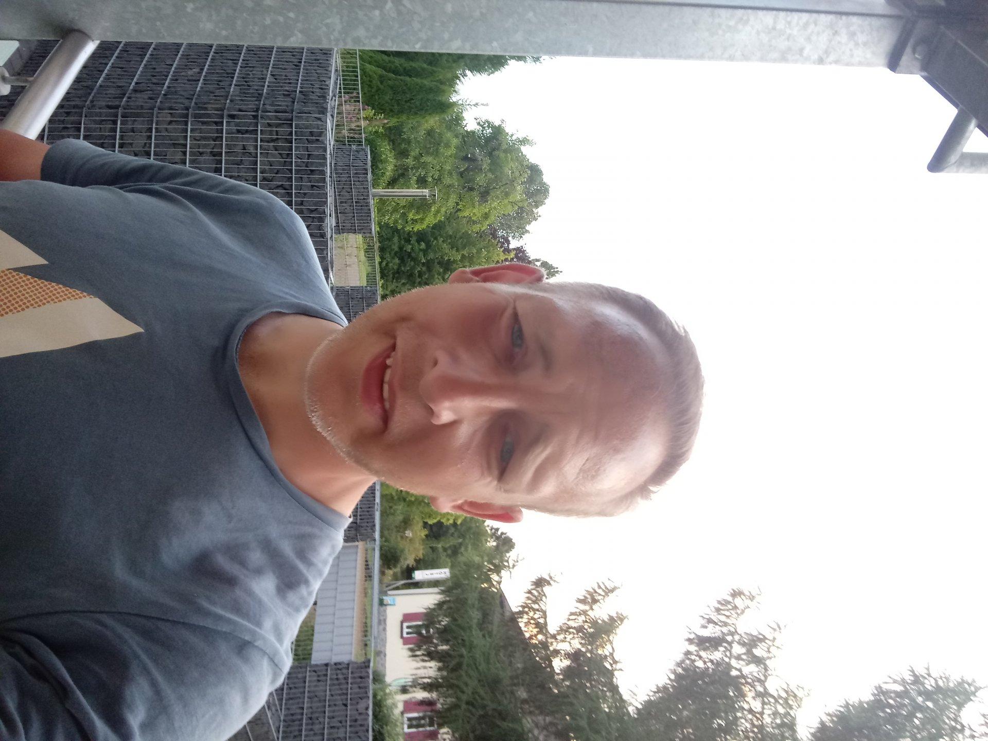 Gino77 aus Hessen,Deutschland